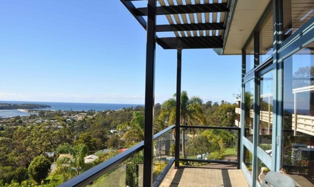 Merimbula, NSW: Stay with Breakfast, Bubbles and Late Check Out at Hillcrest Merimbula