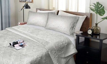 Lightweight Ultrasonic Three Piece Comforter Set: Queen ($39) or King ($45) (Dont Pay up to $199)